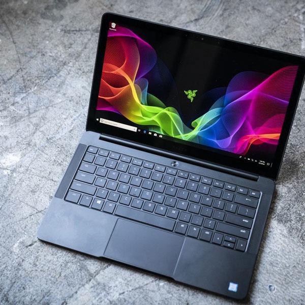 Laptop - Máy tính xách tay